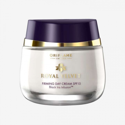 Royal Velvet Verstevigende Dagcrème SPF15 50ml